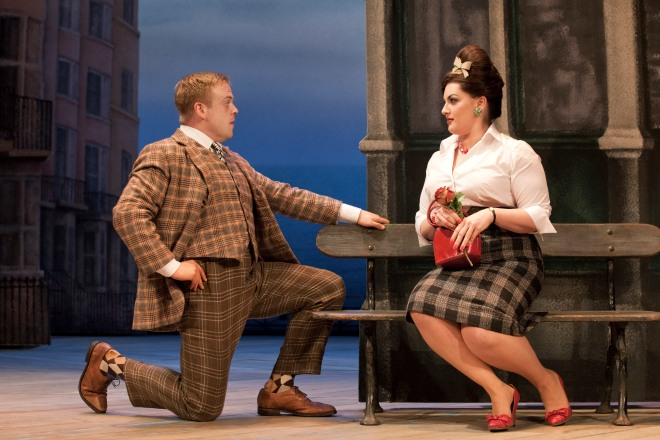 L-r_owain_arthur_francis_henshall_and_jodie_prenger_dolly_in_one_man_two_guvnors_at_the_theatre_royal_haymarket