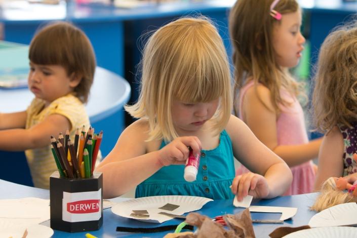 Child with Derwents branding