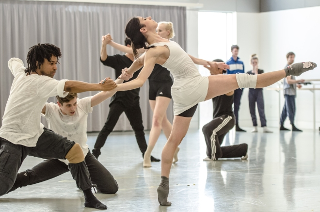 The 3 Dancers, Daniel Davidson, Brenda Lee Grech, Miguel Altunaga 2 (c) Stephen Wright