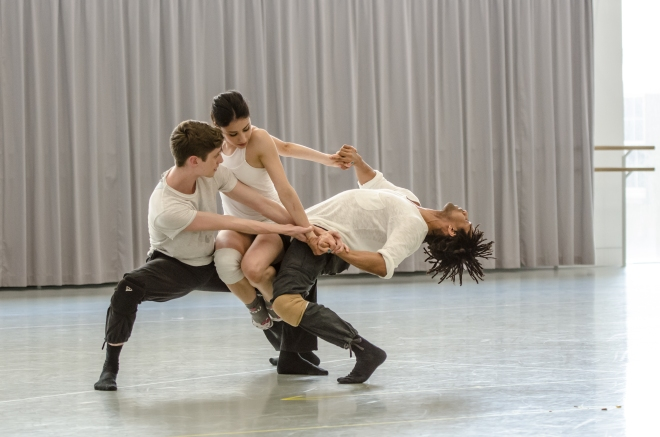 The 3 Dancers, Daniel Davidson, Brenda Lee Grech, Miguel Altunaga (c) Stephen Wright