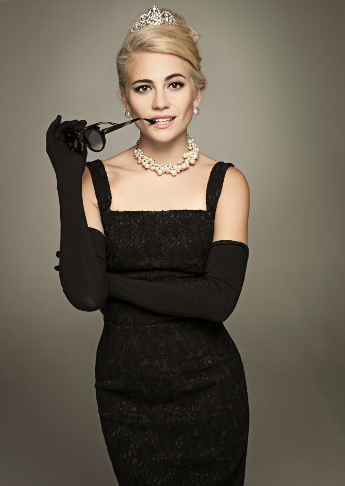 Pixie Lott as Holly Golightly 1 credit Uli Weber