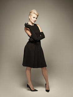 Pixie Lott as Holly Golightly 2 credit Uli Weber
